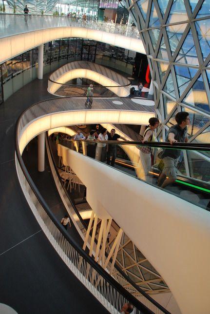 Shopping centre in frankfurt interiors shopping mall for Interior design frankfurt