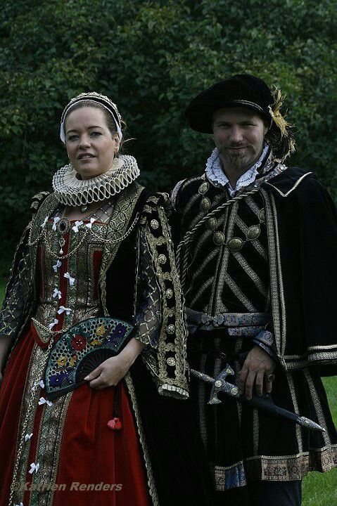 Renaissance costumes, made by Angela Mombers