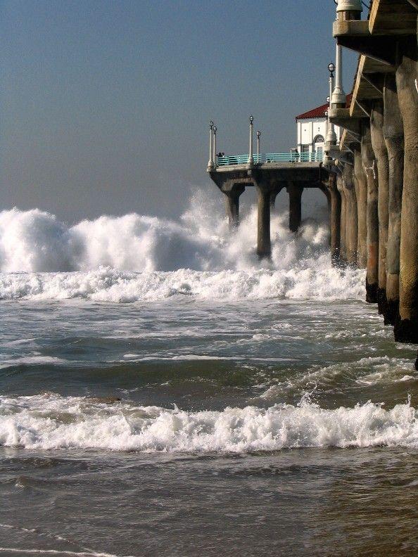 Manhattan Beach Los Angeles Ca Copyright Muna Annahas