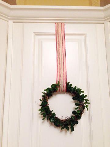 A DIY Mini Wreath For My Kitchen Cabinets | Mini wreaths, Wreaths, Diy