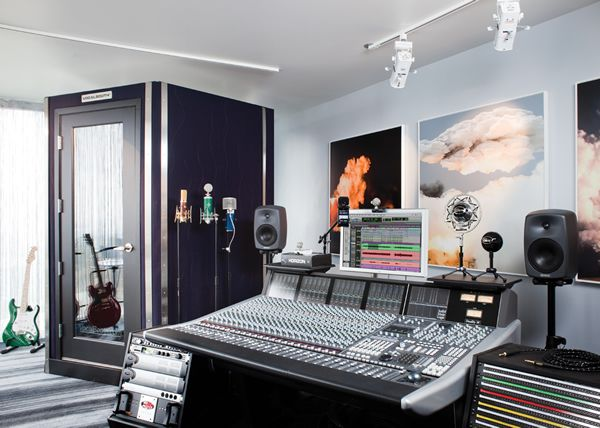 sweet booth. no bigger than it needs to be. | Music room ...
