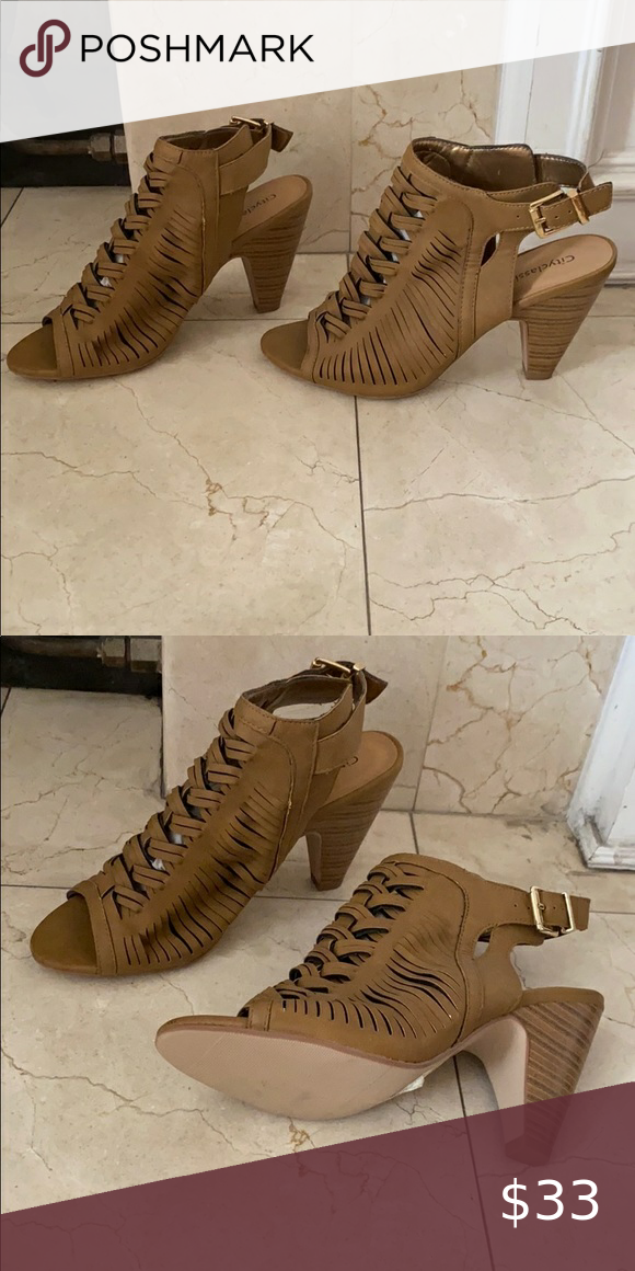 Heels size 9 NWT Heels size 9 NWT Heels size 9 Tan