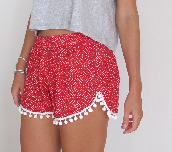 CHRISTMAS Pom Pom Shorts - | want | Pinterest | Hose nähen, Kleid ...