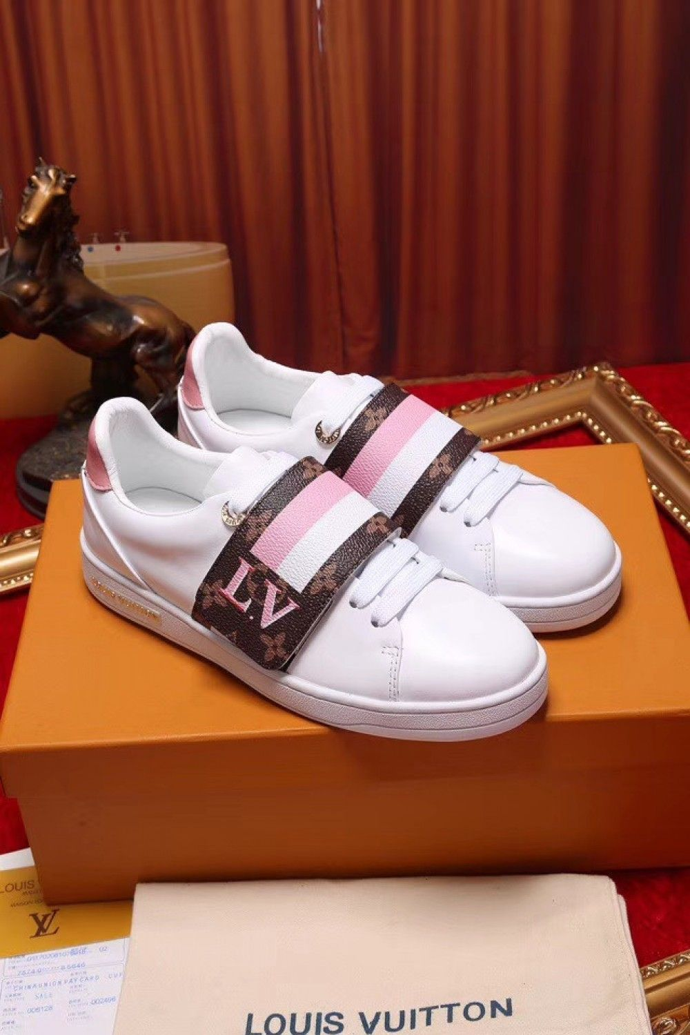 ac3dad3b300 Louis Vuitton Frontrow sneaker for Women 1A4G2Y | Luxury Shoes in ...