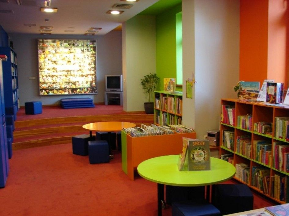 LIbrary Design Children Library At Home With TV And Small Table