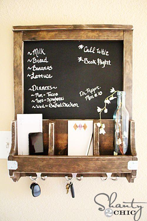 Diy Chalkboard And Key Hooks Diy Mail Diy Chalkboard Diy