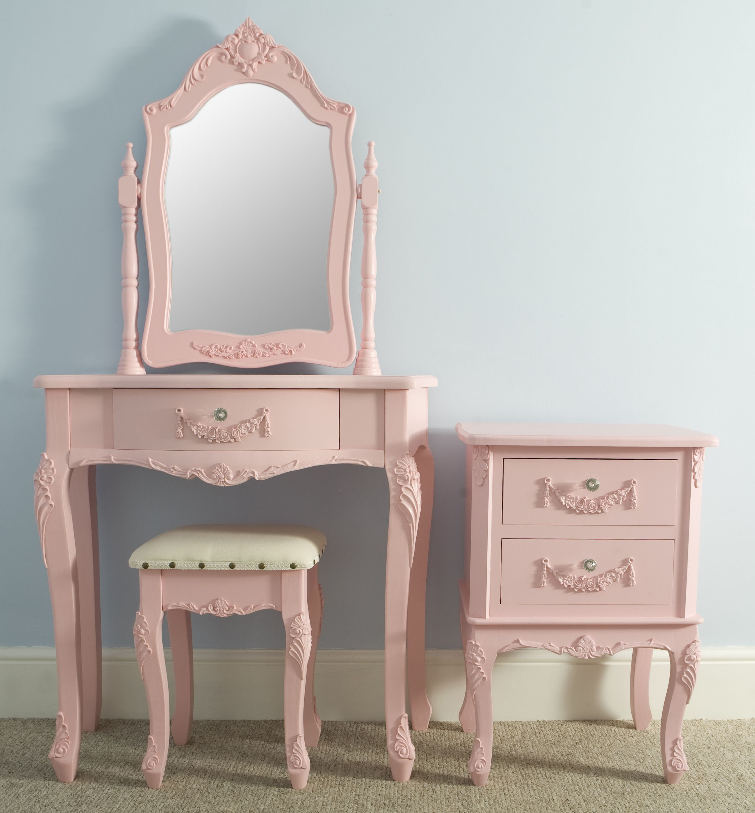 Sophie Set In Pink Love This For The Home