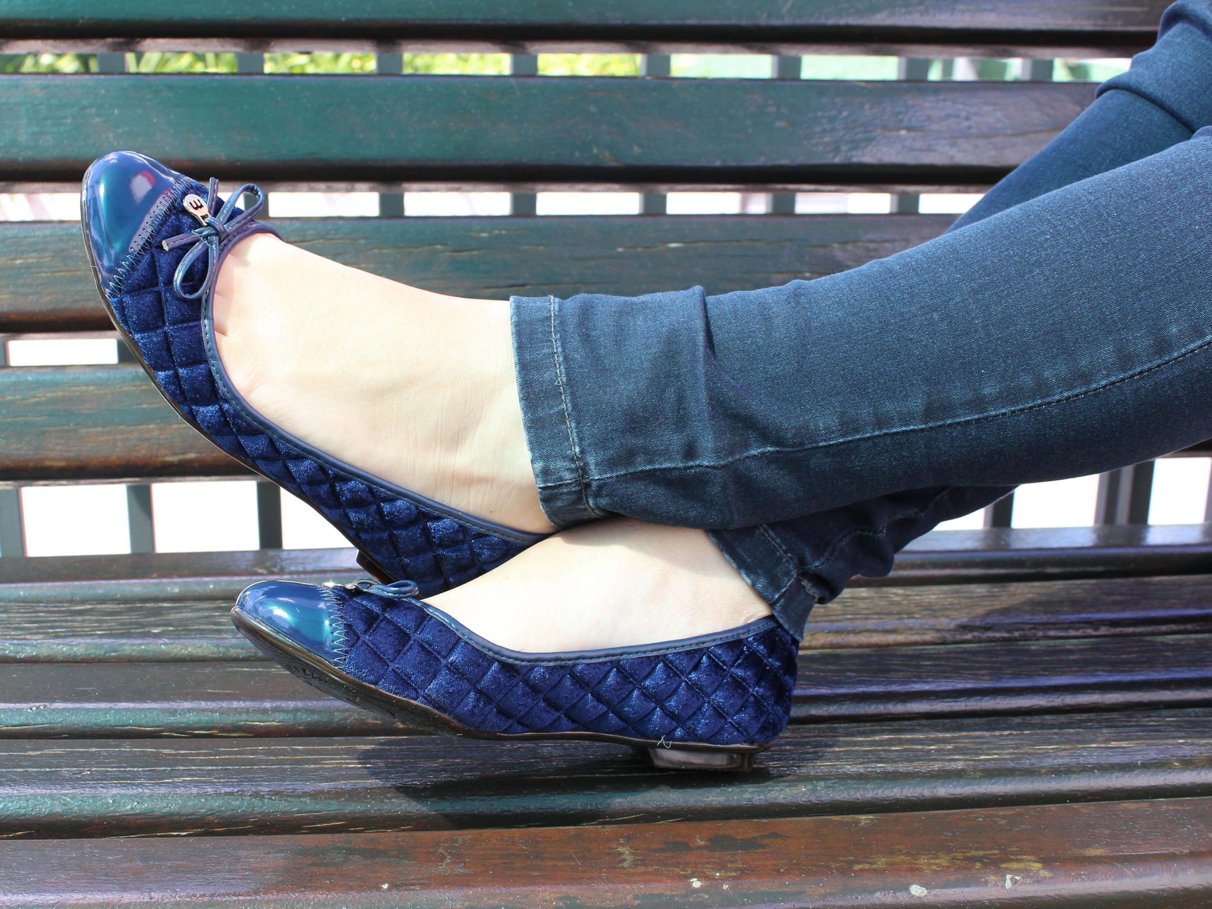 9051b419ac A Vivere Store têm lindos modelos de sapatilhas. Com certeza você vai amar  e se encantar por uma delas!  VivereStore  Moleca