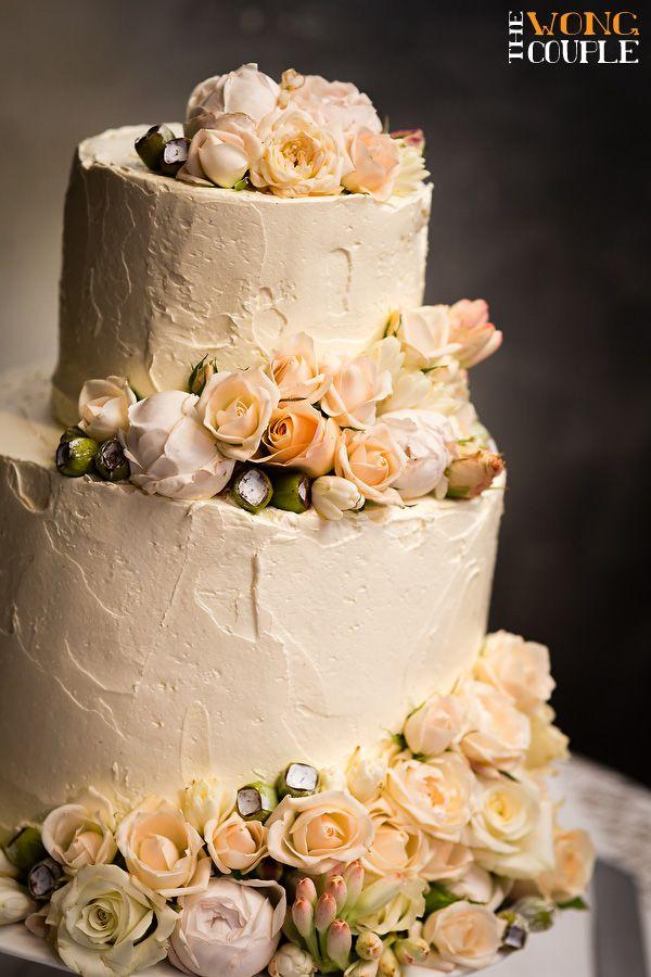 Diy Wedding Cake Pastel And Metallic Wedding Theme Peach And Cream