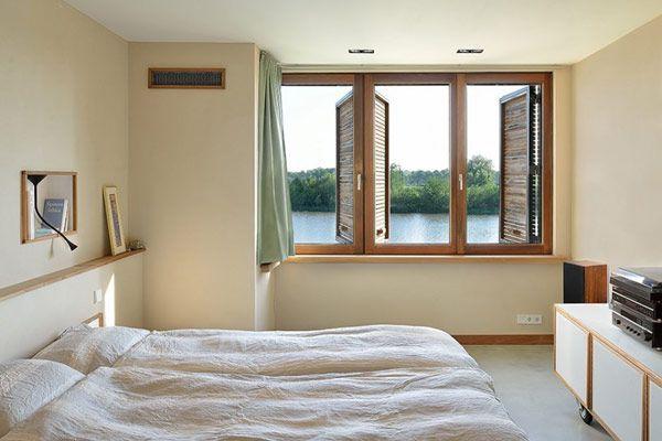 Lichte badkamer met een minimalistisch ontwerp huis inrichten