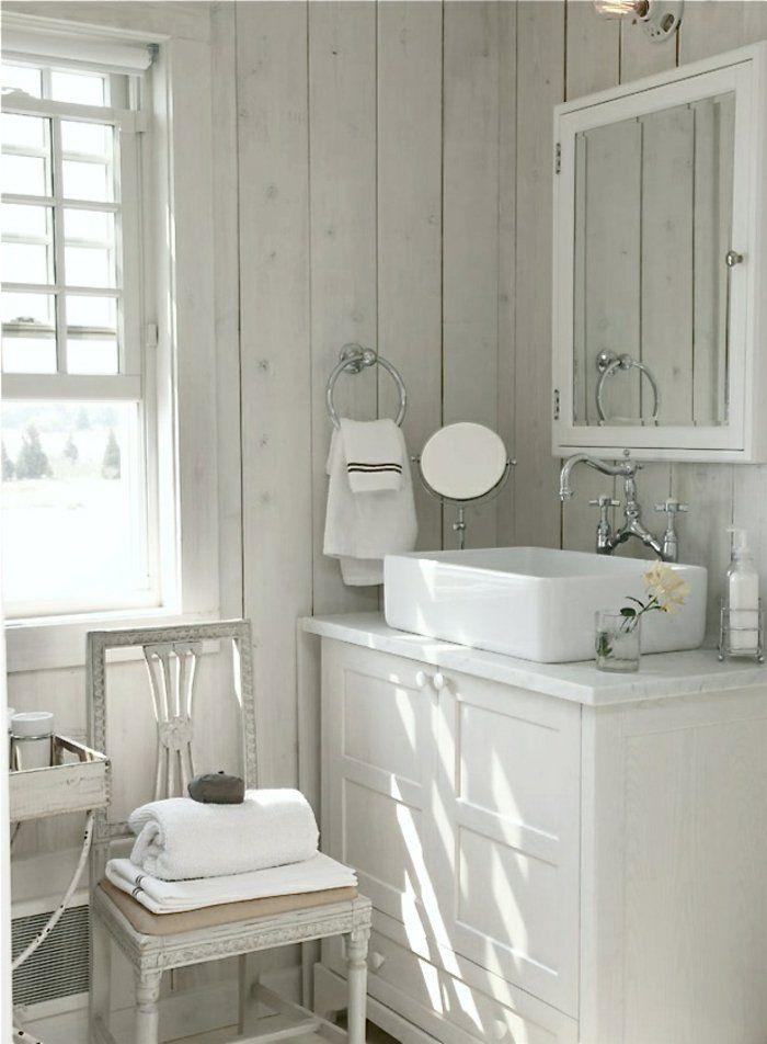 Décorer la salle de bains avec un évier céramique Shabby