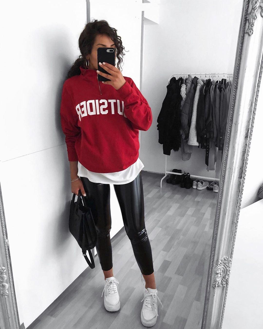 "Selin on Instagram: ""#potd #outfitinspo #fashion #ootd"""