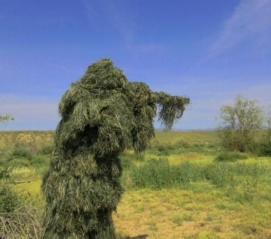 Christmas- Dakota-The Ghost Ghillie Suit is an advanced 3D camouflage suit that is a mid-weight ghillie suit. We have made this a full ghillie suit after determining that one of the most common complaints with ghillie suits is that they do not have enough material. You will never think that there is not enough thread on this ghillie suit. We put over 4 lbs of thread on this 3 piece ghillie suit set.