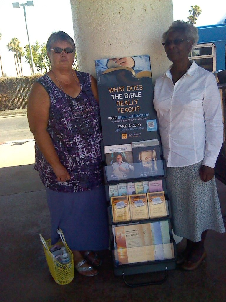 Two Spiritual Sisters out with the Magazine Cart in Bakersfield