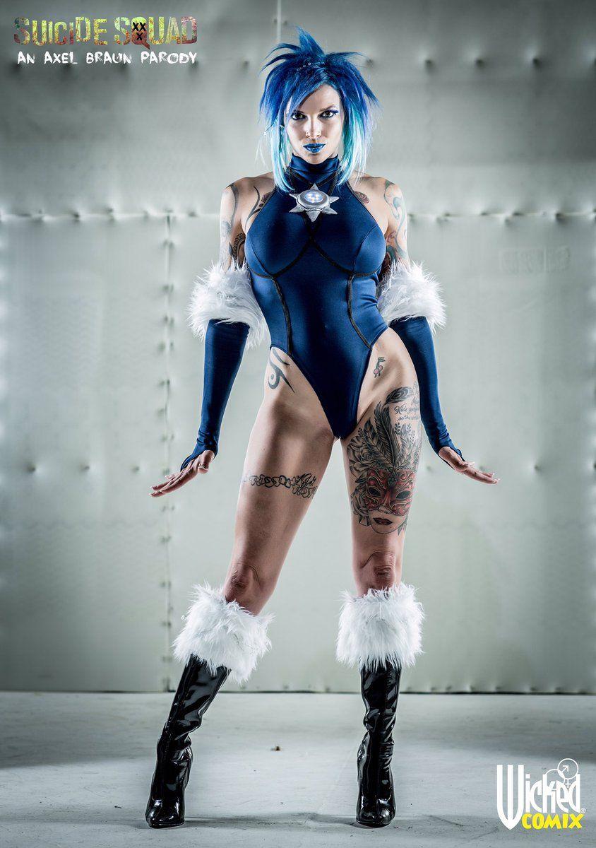 Anna Bell Peaks Batgirl