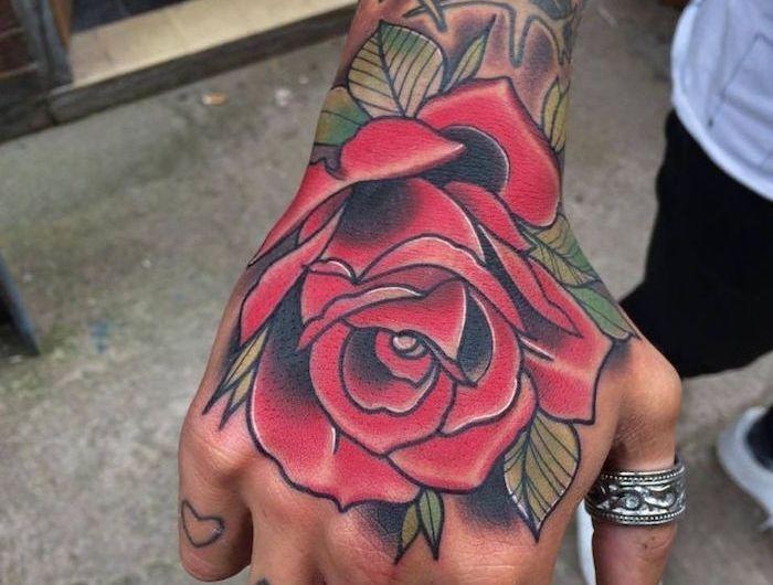Tatouage Rose Poignet Homme Tattoo Main Roses Rouge Marquesan
