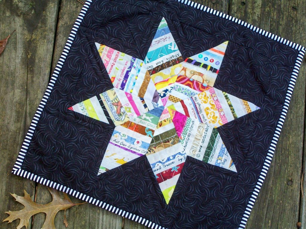 Selvage Star Mini Quilt | Another one of my selvage quilts--… | Flickr