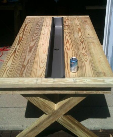 Rustic outdoor table but make the center cooler bigger or for Table with cooler in middle