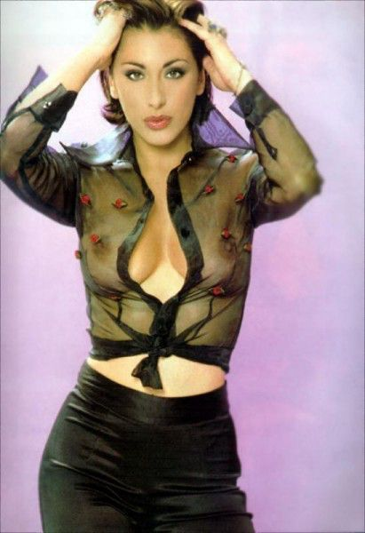 Sabrina Salerno | The Sexy Hair Pose | Pinterest