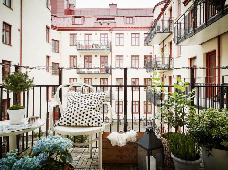 balkonideen balkon dekorieren pflanzen balkonmöbel für kleinen, Garten und erstellen