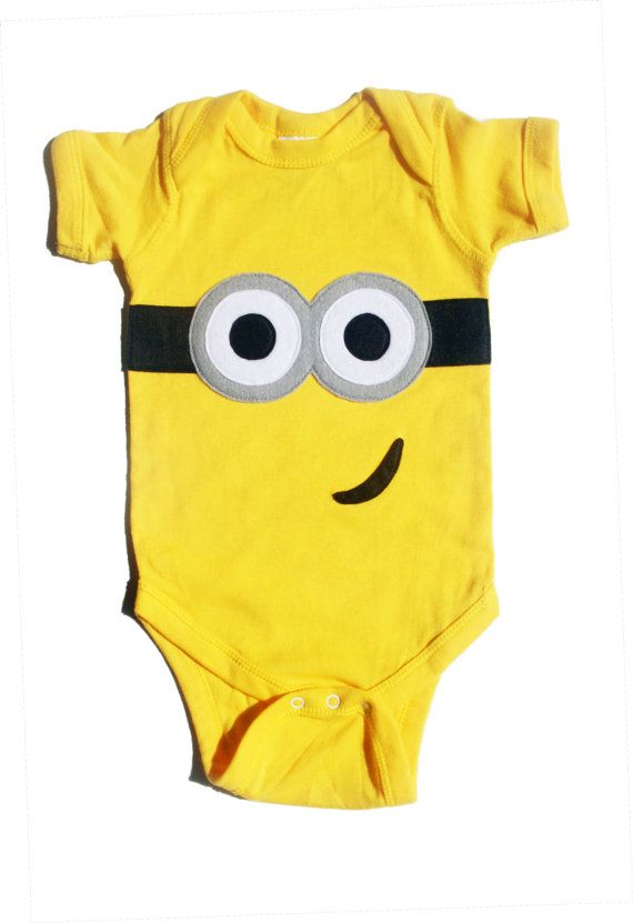 d8b1c1352e07 This ia a Despicable Me inspired onesie! Hand drawn and hand cut felt  applique on your choice of a yellow onesie. Baby. Minion Onesie ...