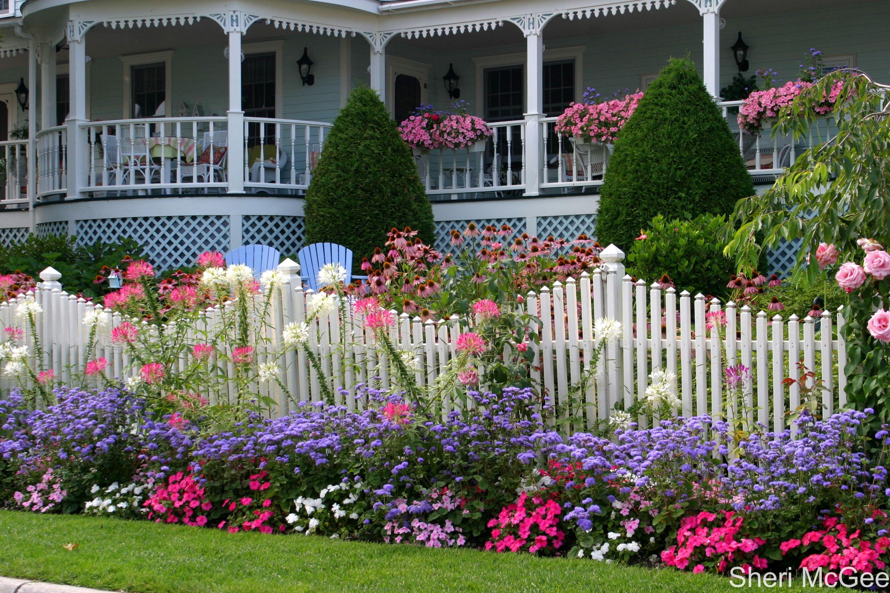 Mackinaw Island Metivier Inn Inspiration for a dimensional flower garden.