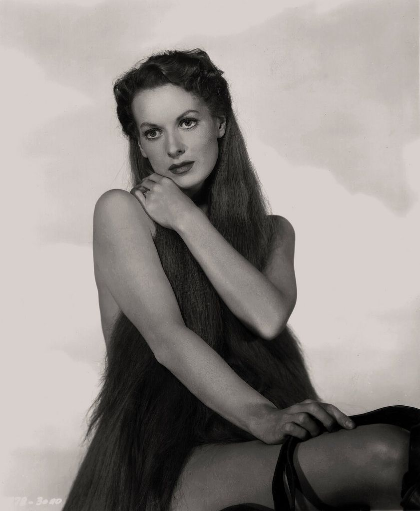 Watch Maureen O'Hara video