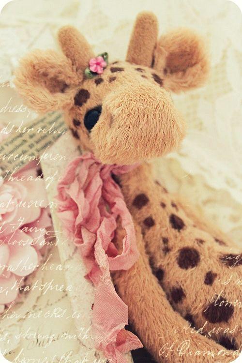 giraffe reminds me of miss bean. Black Bedroom Furniture Sets. Home Design Ideas