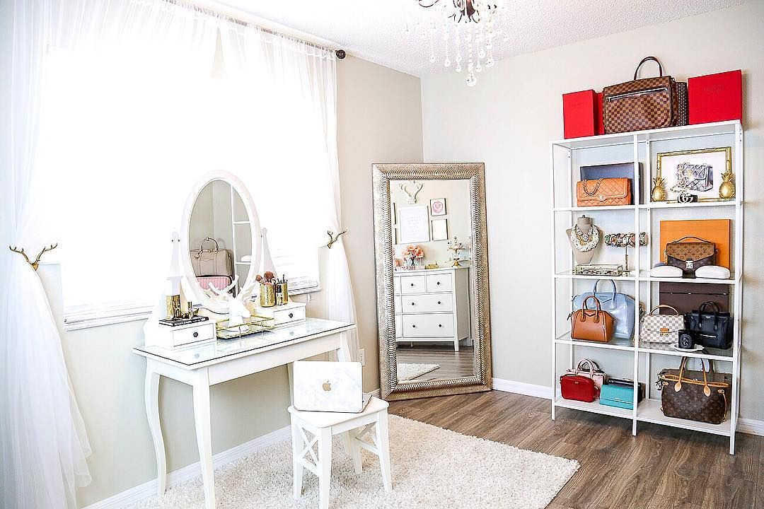 Laura Beverlin Home Office Apartment Inspiration Home Decor Home