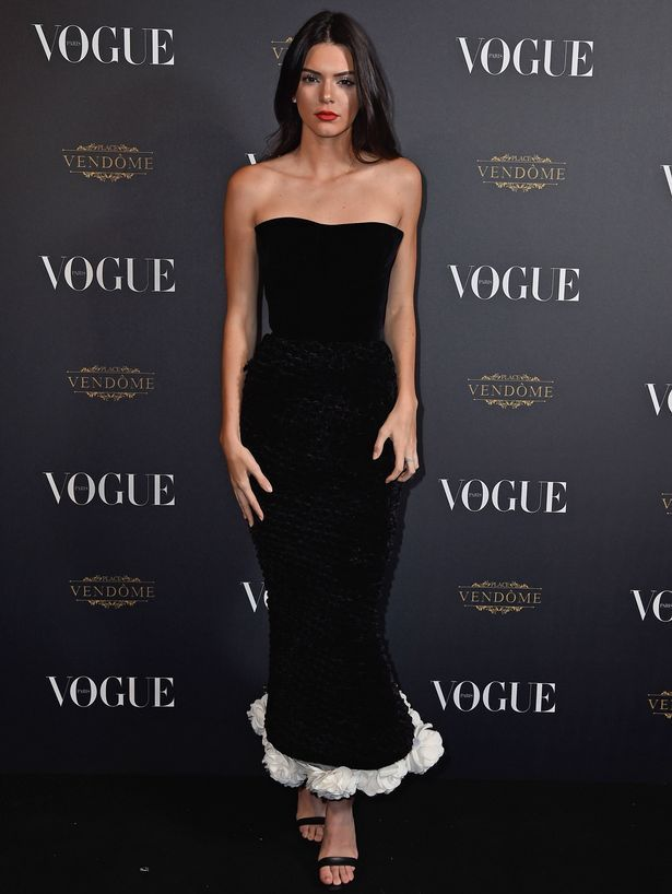 Kendall Jenner - Kendall Jenner stuns in classic black at Vogue party as  she joins .