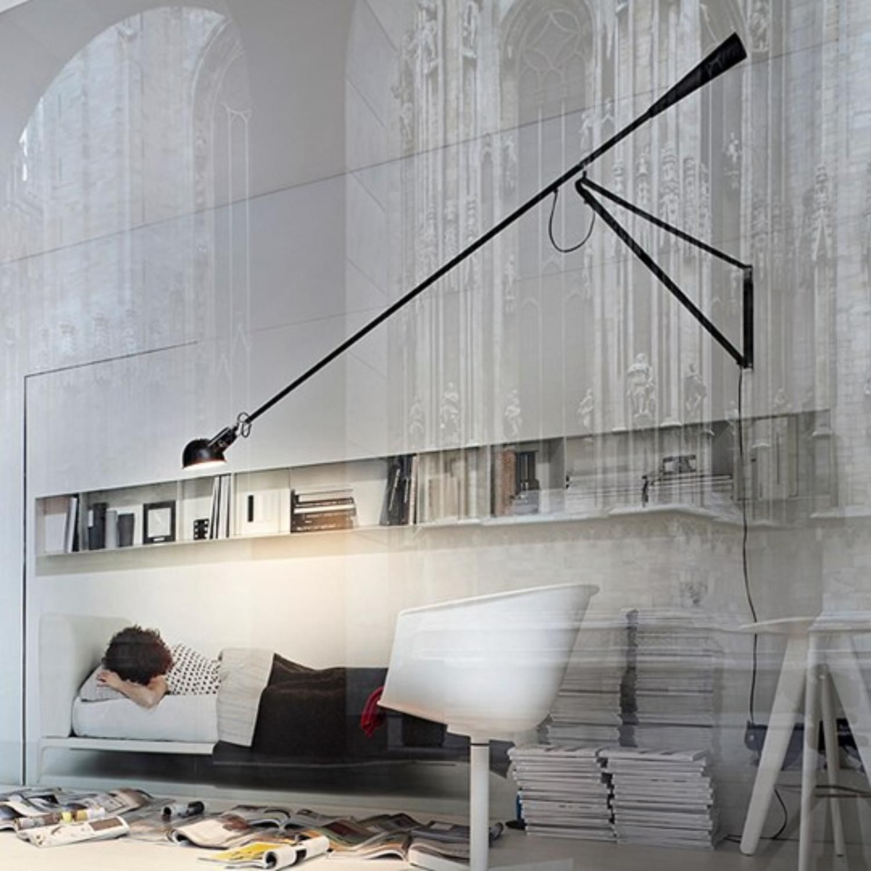 Fantastisk Snygg Och Praktisk Lampa Med Lang Arm Och Tyngd Som Gar Att Vrida Pa Alla Mojliga Hall Upp Ner I Sidled Och Diagonalt Vagglampa Vaggdesign Lampor