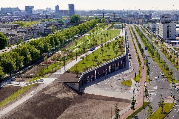 Roofpark Vierhavenstrip Reunites Indoor And Outdoor Urban Life