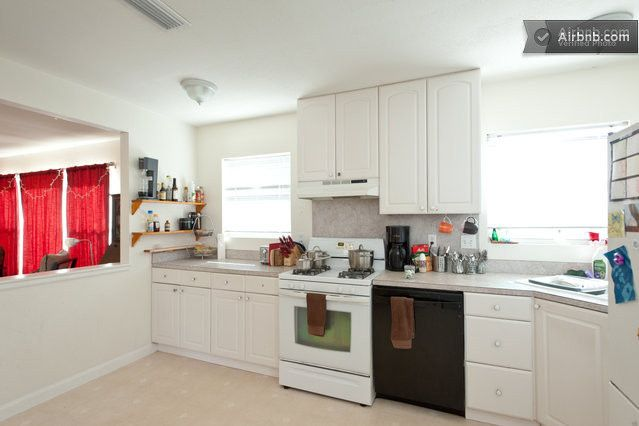 3bd Spacious East Central House In Austin