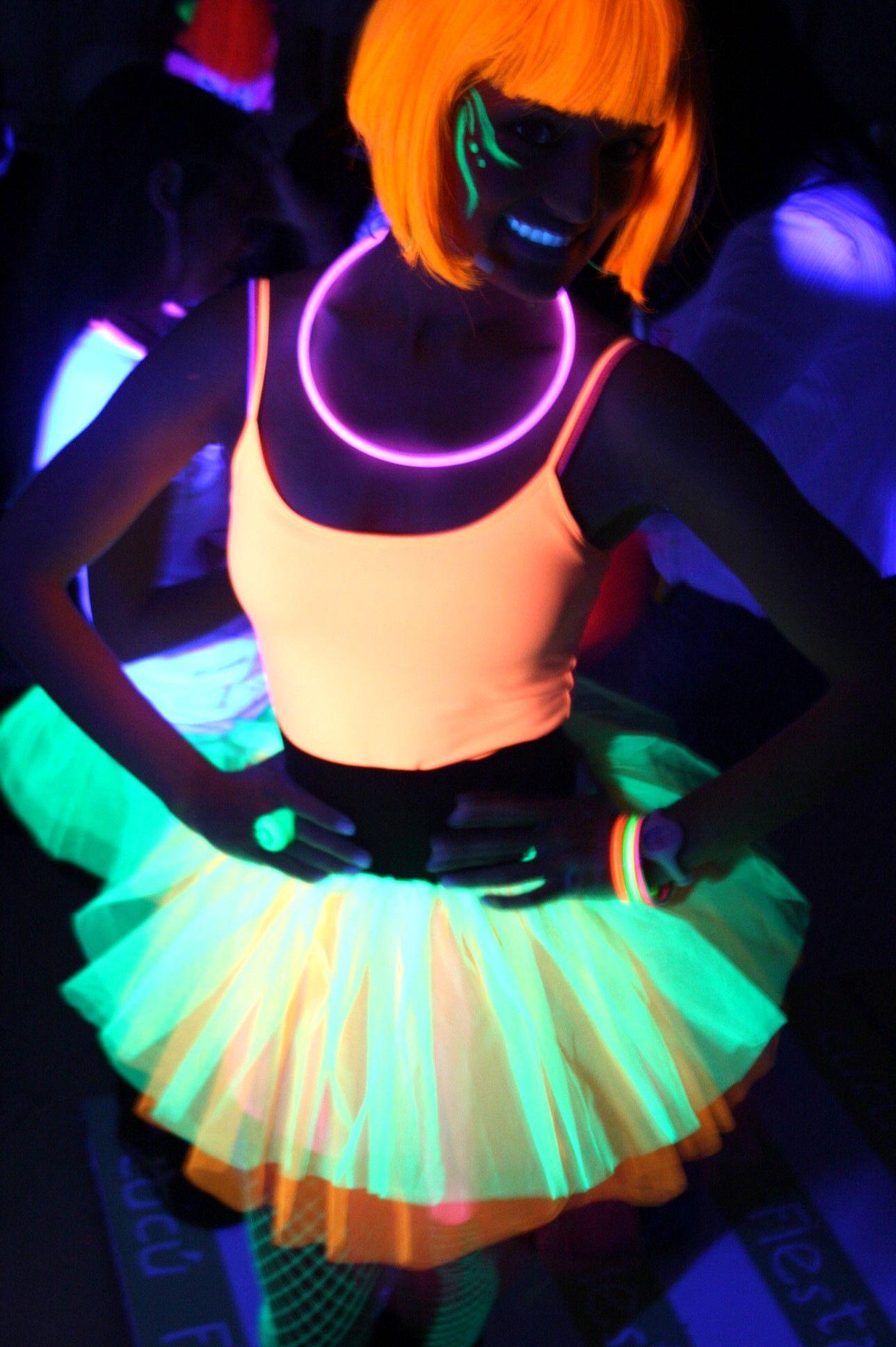 Fiestas neon fiesta neon pinterest - Ideas decoracion fiestas ...
