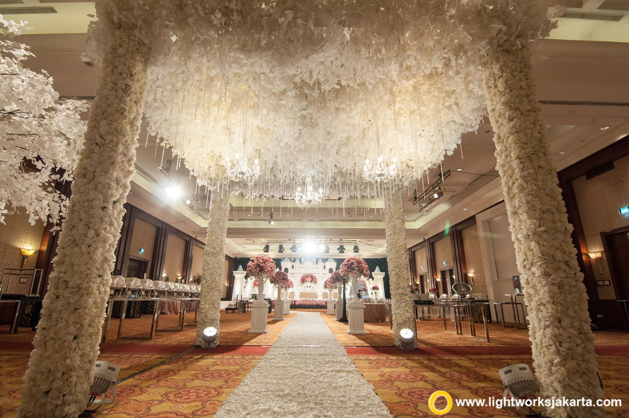Simple yet gorgeous wedding foyer at the bali room kempinski simple yet gorgeous wedding foyer at the bali room kempinski hotel jakarta made by vica decoration and lighting designer from lightworks pinterest junglespirit
