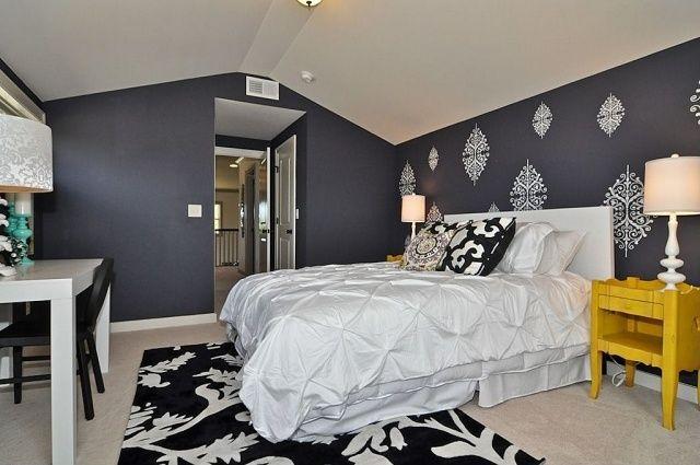Schlafzimmer Muster ~ Dunkelblauer anstrich der wände im schlafzimmer filigrane