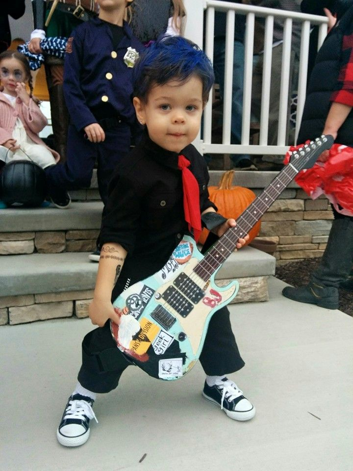My 2-year-old dressed as his idol Billie Joe Armstrong circa Woodstock 1994. Toddler Billie Joe Armstrong Halloween costume 2015.  sc 1 st  Pinterest & My 2-year-old dressed as his idol Billie Joe Armstrong circa ...