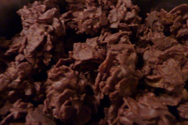 Schokocrossies Mit der Alpenmilchschokolade von Milka schmecken sie am besten - Rezept mit Bild