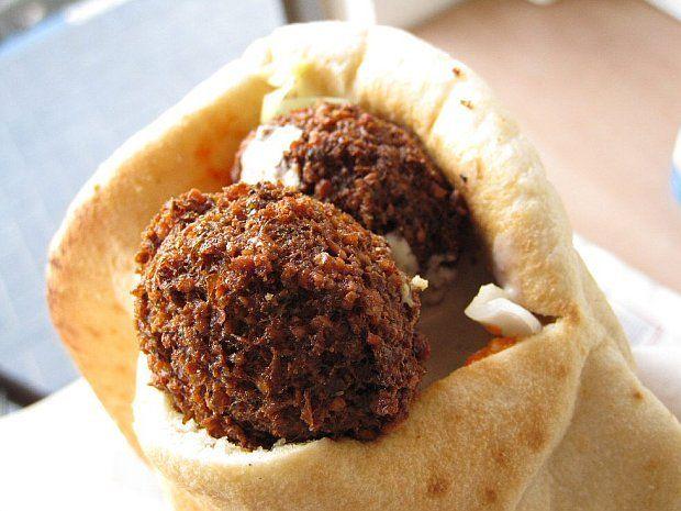 Falafel closeup   Best falafel recipe, Falafel recipe ...