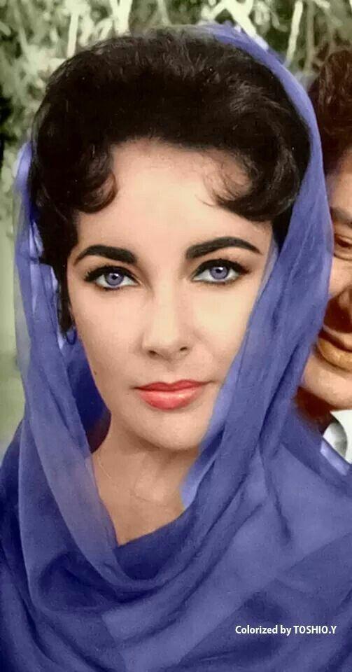 Did Elizabeth Taylor Really Have Violet Eyes? - Live Science