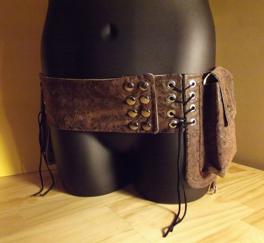 Tribal utility pocket belt via Etsy. | wear | Pinterest | Kostüm
