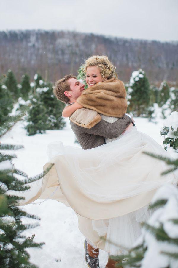 Outdoor Winter Wedding Photography: Outdoor-glam-pennsylvania-wedding-Winter Wedding