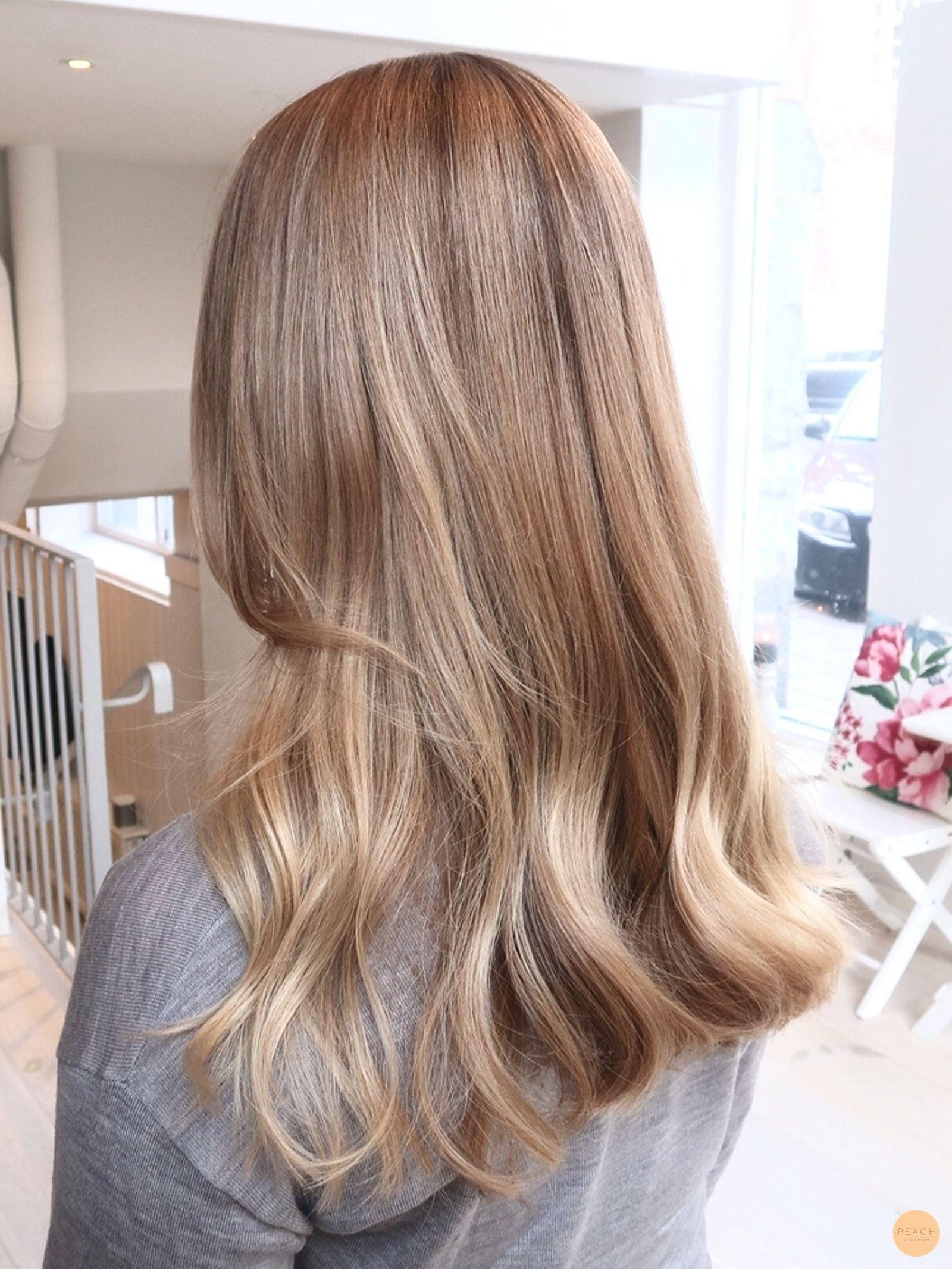 Slingor Kall Blond Peach Stockholm In 2020 Dark Blonde Hair Dark Blonde Hair Color Cold Blonde