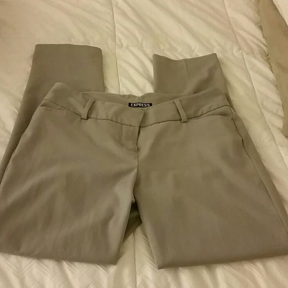 Express Crop Ankle Slack Pants Gray size 2 Express Crop Ankle Slack Pants Gray size 2 Express Pants Ankle & Cropped