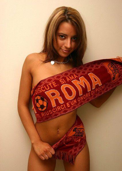 Sexy Roma Girl