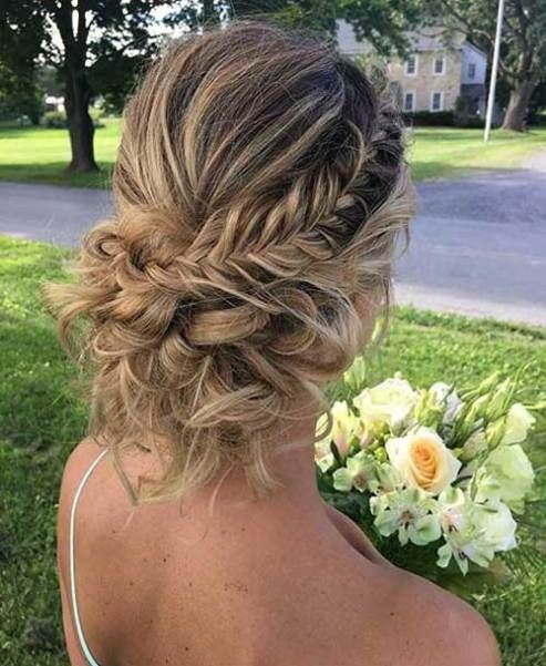 15 Updo Styles For Girls Who Want To Try New Hairstyles