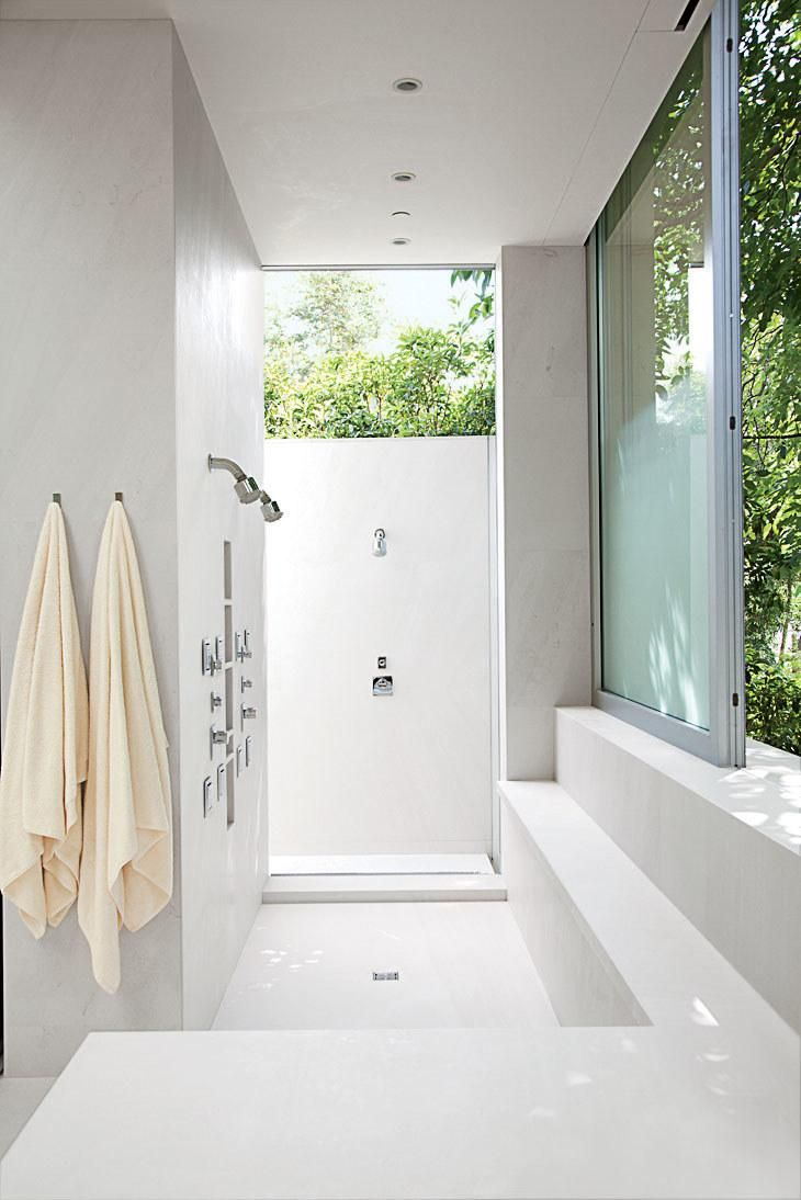 18 Inspiring Outdoor Shower Ideas for Every Style | Rustic stone ...