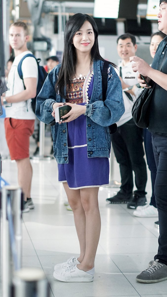 171127 #BlackPink #Jisoo At Suvarnabhumi Airport #Bangkok