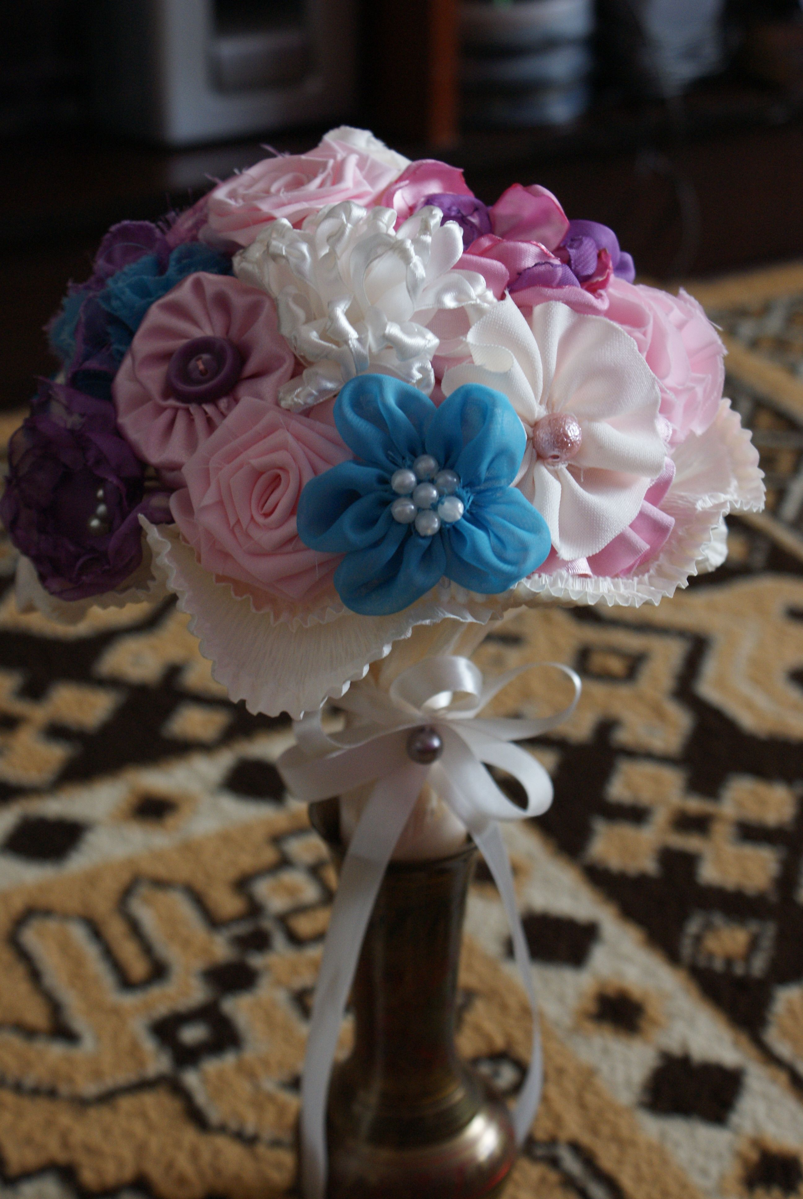 Fabric flowers bouquet my diy projects pinterest fabric flowers fabric flowers bouquet izmirmasajfo