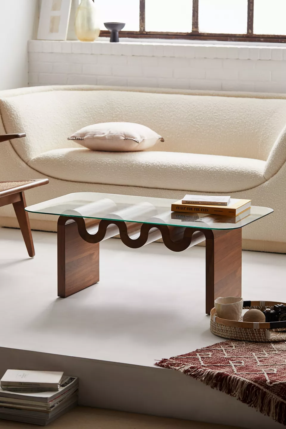 Aria Coffee Table In 2021 Coffee Table Coffee Table Urban Outfitters Table [ 1440 x 960 Pixel ]